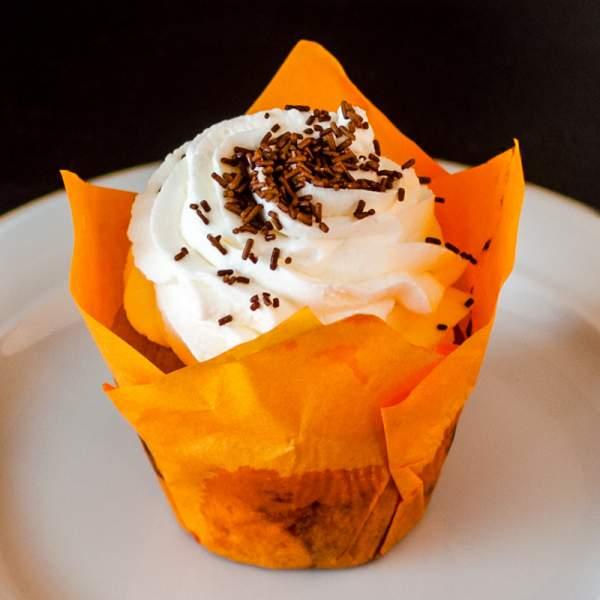 Cupcake cu fructe de padure